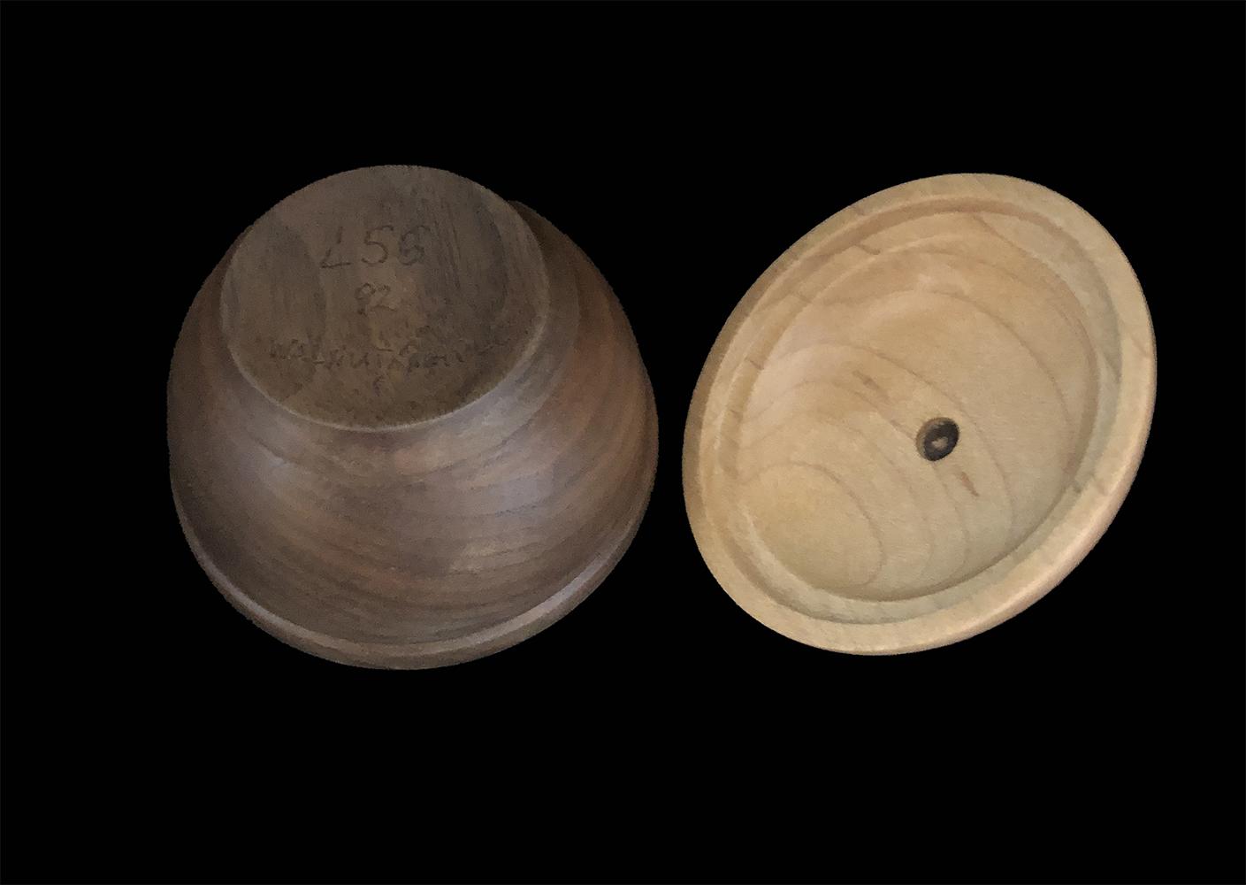 walnut box with maple lid and walnut finial